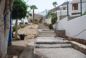 Imagen de las obras de reforma de la escalera en Puerto Rico, Mogán4