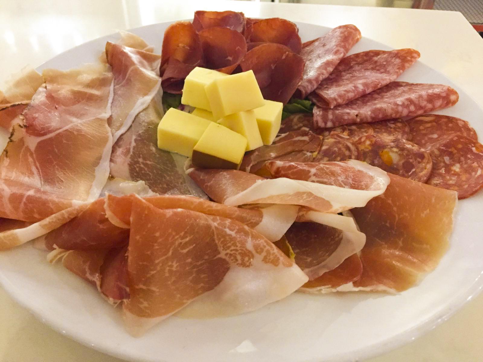 Trattoria Pizzeria Mezzaluna Digital Faro Canarias