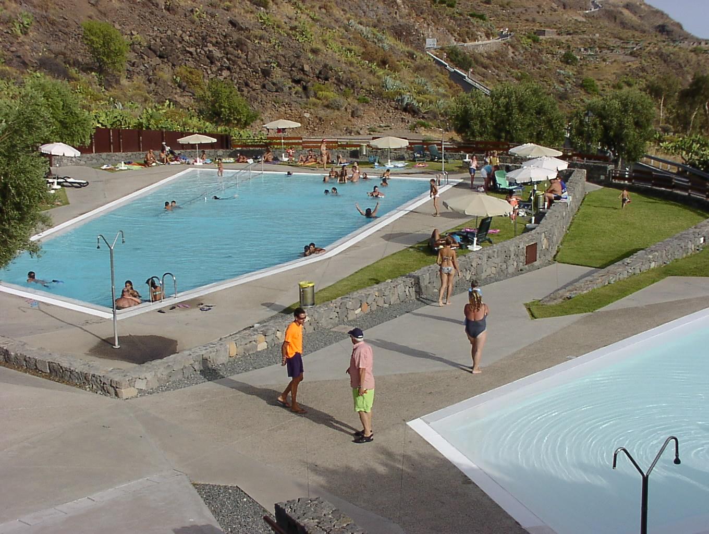 La apertura de la piscina de la zona alta refresca las - Lucia la piedra piscina ...