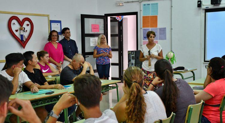 La alcaldesa de mog n onalia bueno inaugura el primer - Escuela oficial de idiomas inca ...