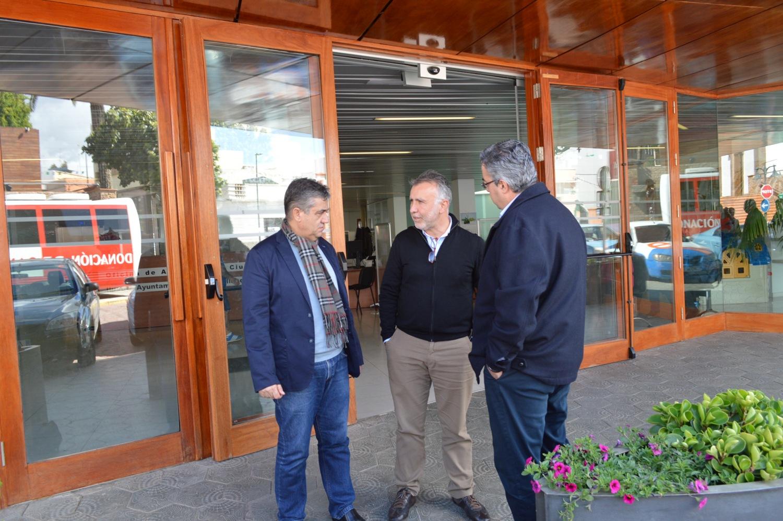 El consejero de Deportes del Cabildo de Gran Canaria visita en ...